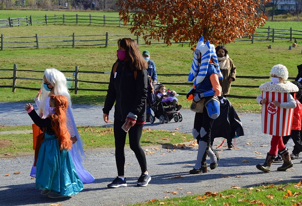 October 24 Trick-or-Treating, Costume Parades